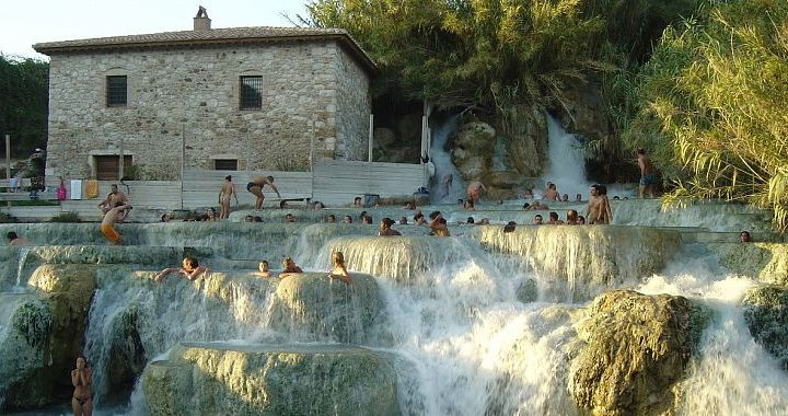 Hot Springs, Stunning Scenery and Wine Tasting: A day in Maremma