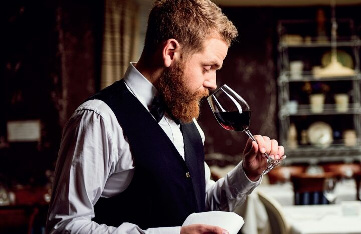 Masters of Wine ha selezionato il  nostro Cabernet Leonardo 2017 come uno dei  migliori 10 vini italiani